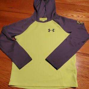 UA Tshirt hoodie